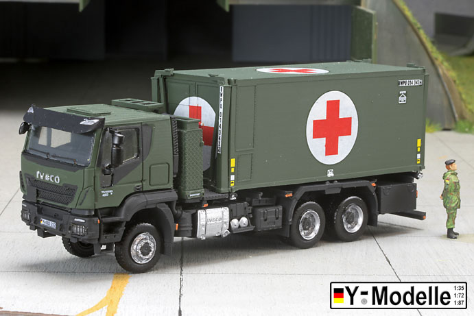IVECO AT 260W, 6x6, FPS, Containertransporter mit Rettungsstation